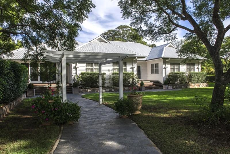 Dj buckley builders toowoomba queenslander traditional for Modern queenslander home designs